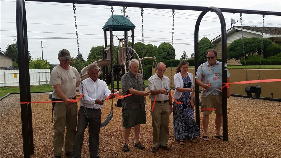 Vista Park Ribbon Cutting
